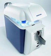 T07DC ポータブル冷温蔵・容量7Lの冷温蔵ボックス/オールシーズン使用。DC12V(T07DC)   MOBICOOL 【送料無料】【激安】【セール】
